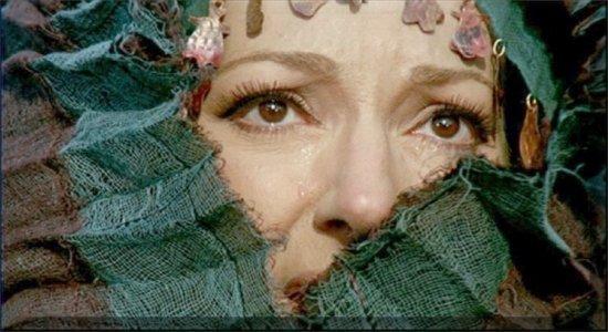Maria Callas nella Medea di Pasolini, mette in scena le sue lacrime per mostrare tutto il dolore di Medea
