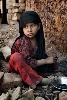 Intervista a Laura Salvinelli: bambino lavoratore Pakistan 2013 by Laura Salvinelli